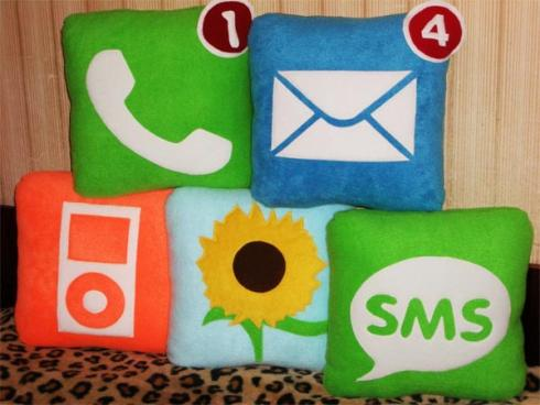 iPhone Apps Pillows