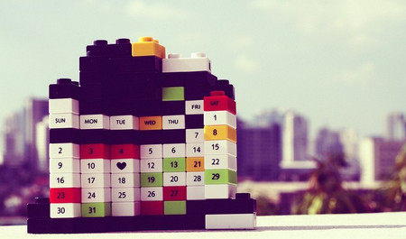 100+ Creative, Beautiful & Inspirational Print Calendar Designs