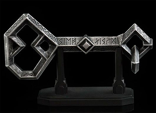 The Hobbit: Thorin's Key to Erebor Prop Replica