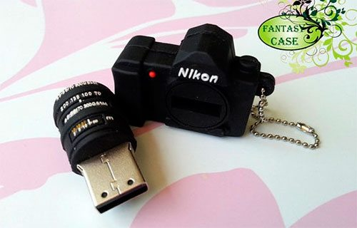 A Mini Dslr Nikon Camera Usb Flash Drive 4Gb