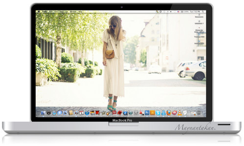 MacBook Pro .psd file by Maysunny