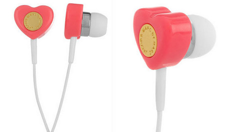 Marc by Marc Jacobs heart-shaped earbuds