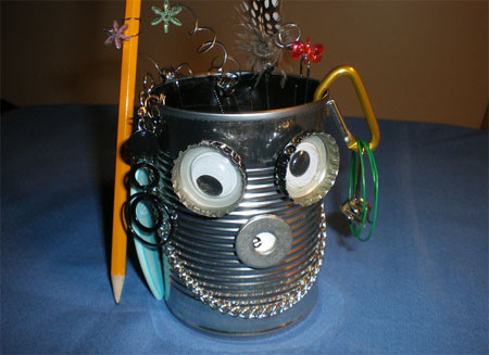 Tin Can Robot Pencil Holder