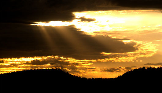 Crepuscular Rays by mrgo1