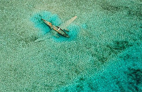 Crashed Curtiss C-46 by Bjorn Moerman