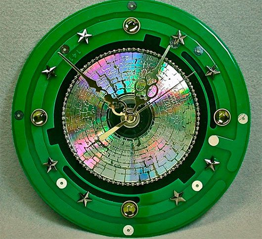 Recycled CIRCUIT BOARD Techie Geek CLOCK