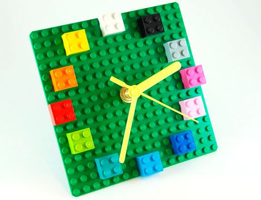 LEGO Plate clock with colorful bricks