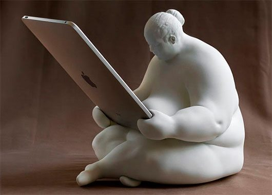 Venus Of Cupertino iPad Dock