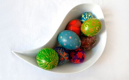 Make Beautifully Vibrant Pysanky Eggs for Easter