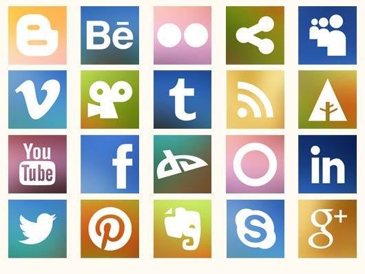 Freebie: Blurred Social Media Icons